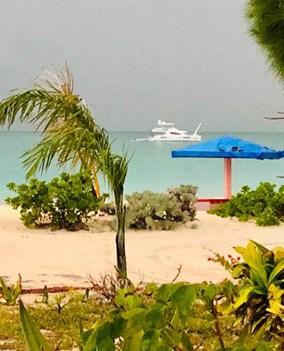 Rollezz Villa Beach